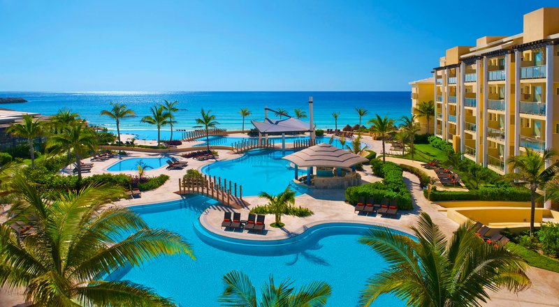 Last minute travel to Riviera Maya